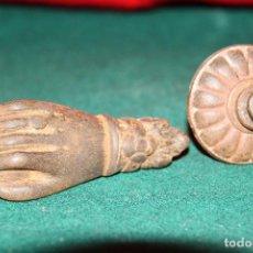 Antigüedades: ANTIGUO LLAMADOR DE PUERTA FORMA DE MANO.. Lote 62015228