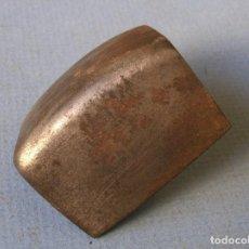 Antigüedades: HERRAMIENTA DE HIERRO PARA FORJA O ESCAYOLA (4,5X5X3,5CM APROX). Lote 62073136