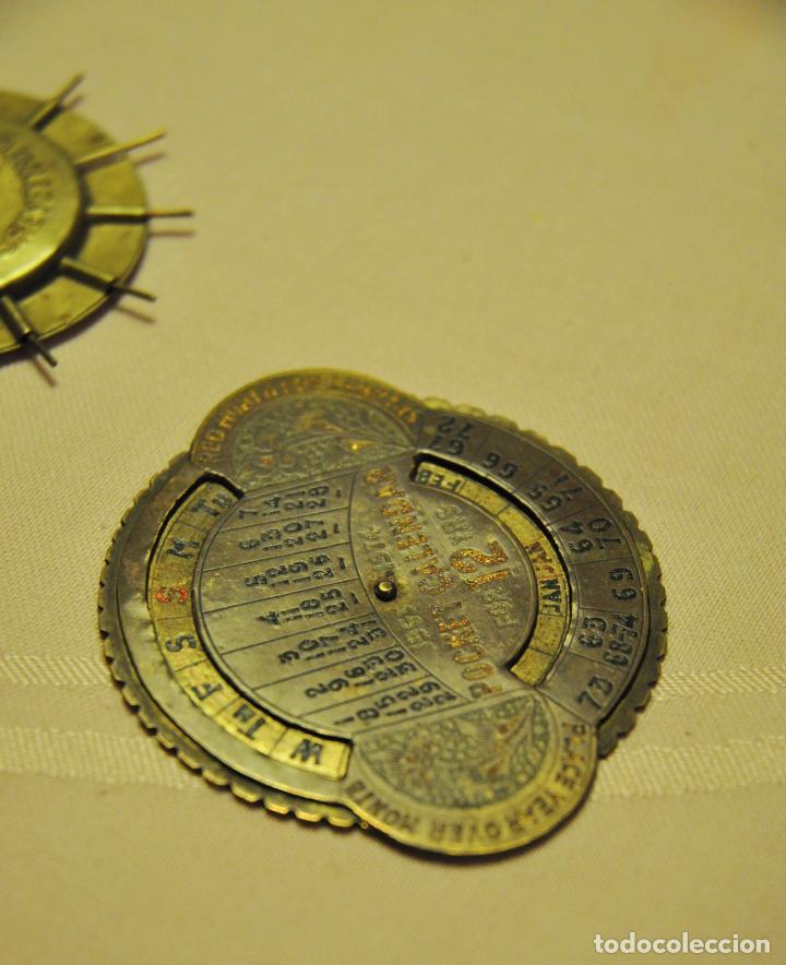 Antigüedades: CALENDARIO PERPETUO PUEDE QUE SEA DE LATON O COBRE - Foto 2 - 62483956