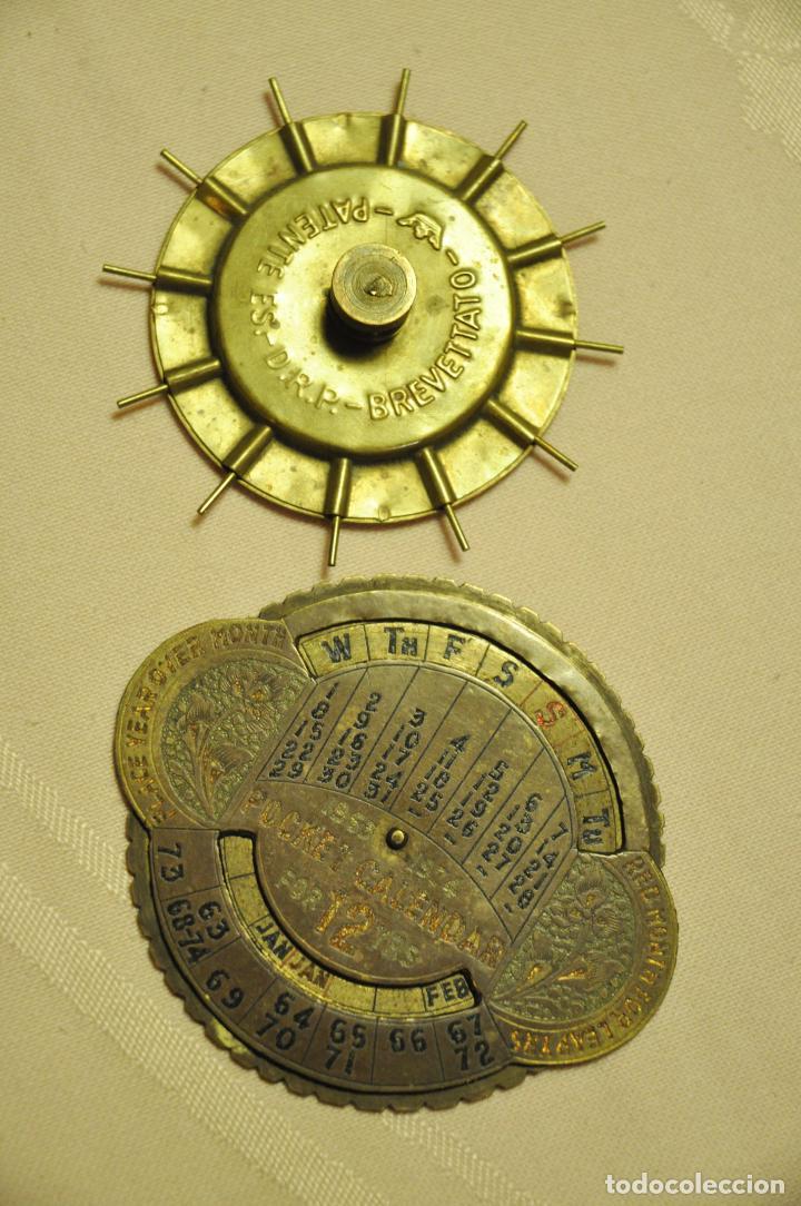 Antigüedades: CALENDARIO PERPETUO PUEDE QUE SEA DE LATON O COBRE - Foto 4 - 62483956
