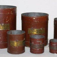 Antigüedades: 6 MEDIDORES DE LÍQUIDOS EN METAL - FABRICANTE 'H.P. TENAS BARCELONA' - PRINCIPIOS SIGLO XX. Lote 62704508