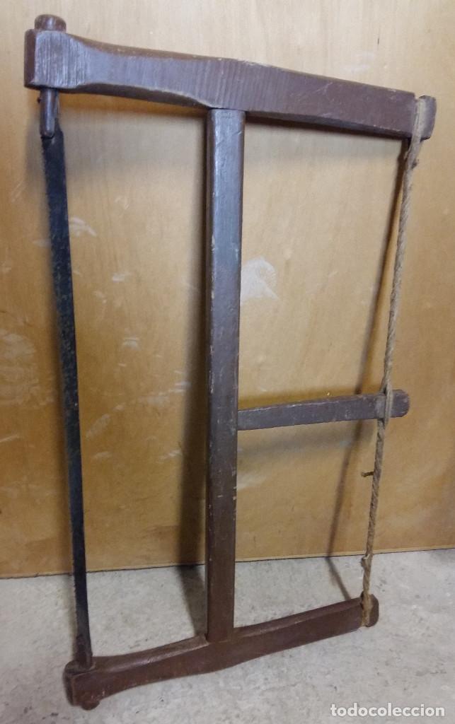 SIERRA ANTIGUA A DOS MANOS, 70 X 40 CM (Antigüedades - Técnicas - Herramientas Profesionales - Carpintería )