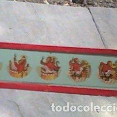 Antigüedades: CRISTAL PINTADO LINTERNA MÁGICA SIGLO XIX - 13 POR 3,50 CM- EL MONO DEL TAMBOR - SECUENCIAS. Lote 63024852