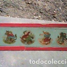 Antigüedades: CRISTAL PINTADO LINTERNA MÁGICA SIGLO XIX - 13 POR 3,50 CM- FOTOGRAFO Y ESCENAS CAMPESTRES. Lote 63025352