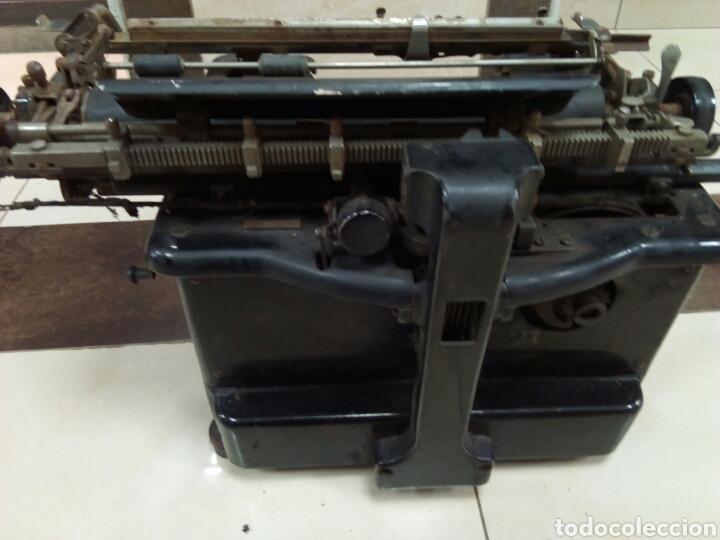 Antigüedades: Máquina de escribir Remington - Foto 3 - 63127191