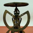 Antigüedades: BALANZA PARA CARTAS EN LATON. MARCA COLUMBUS. PRINCIPIOS SIGLO XX. . Lote 63294176