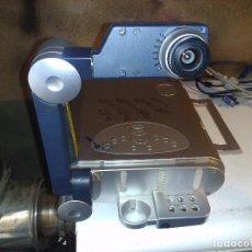 Antigüedades: CLÁSICO PROYECTOR TOSHIBA (FUNCIONA). Lote 63342532