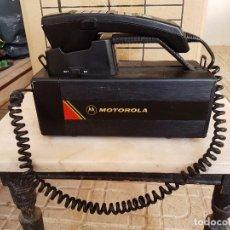 Teléfonos: PRIMER TELEFONO MOVIL EN ESPAÑA Y EUROPA MOTOROLA EL LADRILLO. Lote 63452836