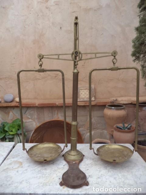 BÁSCULA ANTIGUA DE FARMACIA PORTUGUESA (Antigüedades - Técnicas - Medidas de Peso - Balanzas Antiguas)