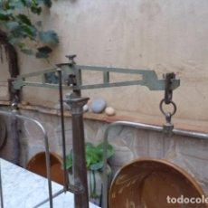 Antigüedades: BALANZA ANTIGUA DE FARMACIA PORTUGUESA. Lote 63574456