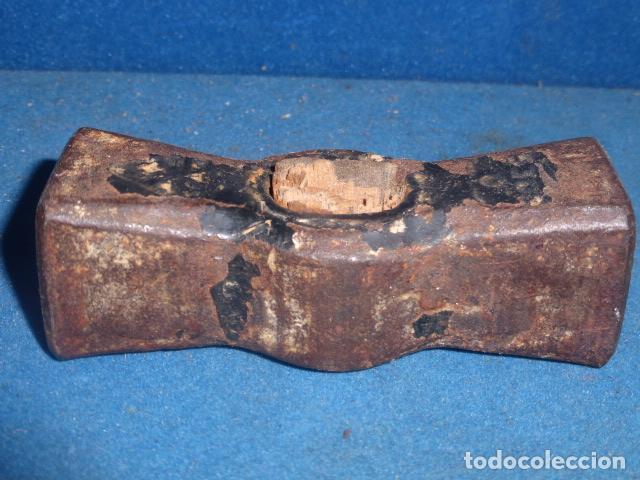 Antigüedades: ANTIGUO MARTILLO DE HIERRO FORJADO SIN MANGO - Foto 3 - 63673523