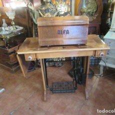 Antigüedades: MUEBLE MÁQUINA DE COSER ALFA. Lote 87163735