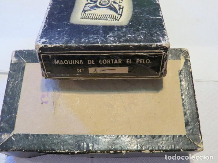 Antigüedades: ANTIGUA MAQUINA DE CORTAR PELO MARCA GURELAN CON SU CAJA ORIGINAL - Foto 11 - 64011323