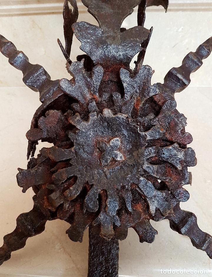 Antigüedades: MAGNIFICO REMATE EN HIERRO DE FRAGUA,FORJA,ESPAÑA, S.XVII - Foto 4 - 64321499
