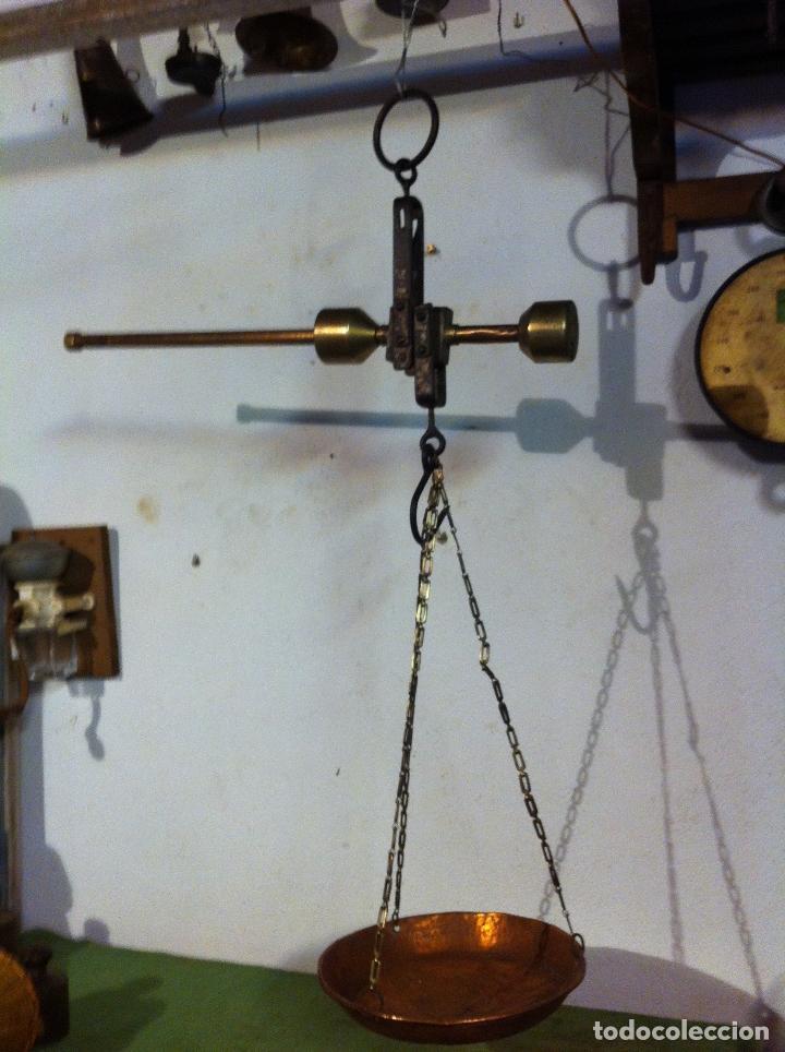 BONITA BALANZA ROMANA NEERLANDESA EN COLONIAS INDONESIAS KEKUATAN 10 KG PRINC XX (BRBR1) (Antigüedades - Técnicas - Medidas de Peso - Romanas Antiguas)