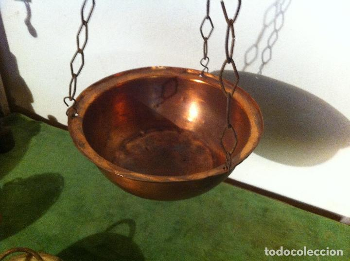 Antigüedades: RARA y PEQUEÑA ANTIGUA BALANZA ROMANA DE HIERRO Y BRONCE BARRA CORREDERA 12 kg (S. XIX) (BRBR2) - Foto 4 - 64715031