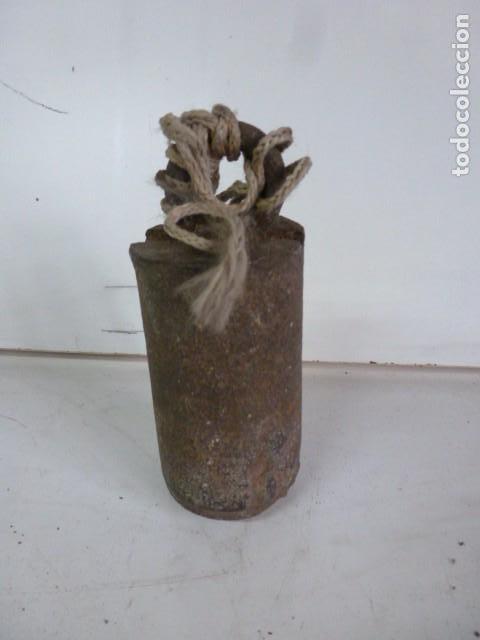 PLOMADA PESADA, DE ALBAÑIL DE 12 CM DE LONGUITUD (Antigüedades - Técnicas - Herramientas Profesionales - Albañileria)