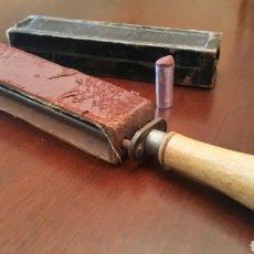 Antigüedades - Asentador de filo de Navaja de barbero. (BARBERIA) Años 30, Siglo XX. - 64846874