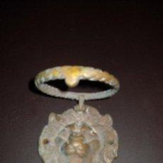 Antigüedades: ANTIGUA ALDABA,LLAMADOR DE BRONCE,CARA DE LEON. Lote 64861639
