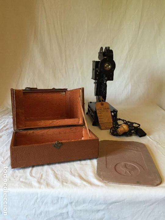 Antigüedades: MÁQUINA PROYECTOR 9mm PATHE BABY - Foto 4 - 64968127
