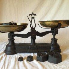 Antigüedades: BASCULA AÑOS 70. Lote 64972279