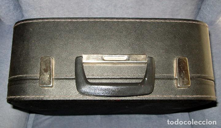 Antigüedades: Maquina de Escribir Erika en su Estuche Original con Manual y Cepillos de Limpieza - Foto 6 - 65729446