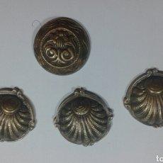 Antigüedades: 4 TIRADORES ANTIGUOS DE BRONCE. Lote 66041971