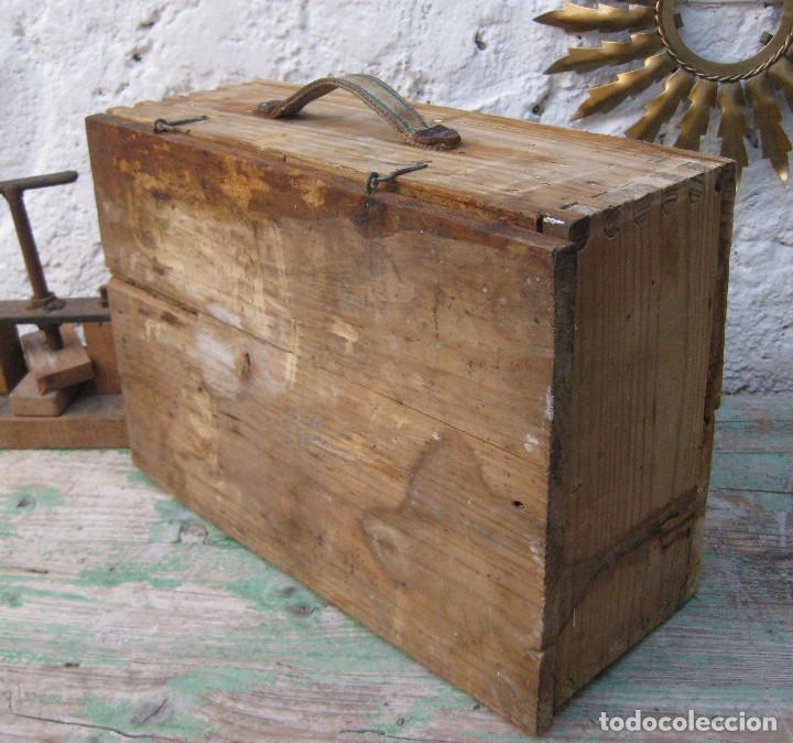 Antigüedades: CAJA DE MADERA MUY FUERTE MALETIN IDEAL HERRAMIENTAS USO DECORACION INDUSTRIAL - Foto 5 - 66114482