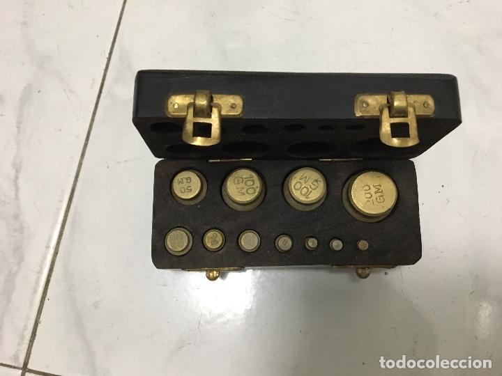 Antigüedades: Juego de pesas en caja - Foto 2 - 66241854