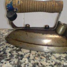 Antigüedades: ANTIGUA PLANCHA ELECTRICA. Lote 66878522