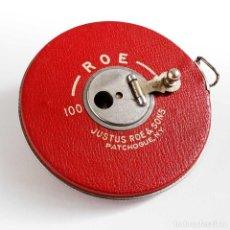 Antigüedades: ANTIGUO METRO JUSTUS ROE & SONS . NEW YORK - 100 PIES. FLEXÓMETRO. Lote 67187101