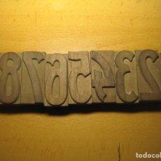 Antigüedades: IMPRENTA, NUMEROS DE MADERA - COMPLETO. Lote 67290761