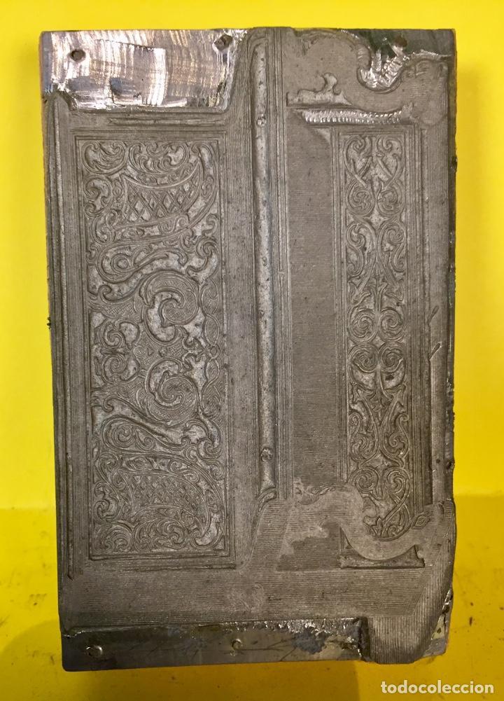 Antigüedades: plancha grabado zinc excavada constructores pianos piano musica madrid no firma 2x7,5x11,5cms - Foto 2 - 67497333