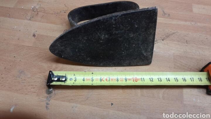 Antigüedades: Antigua plancha de carbon 12 cm - Foto 2 - 67818739