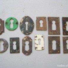Antiquités: LOTE DE 12 OJOS DE LLAVE ANTIGUOS DE HIERRO. Lote 67892513