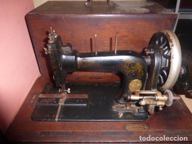 ANTIGUA MAQUINA DE COSE FRISTER&ROOSMAN FABRICADA EN ALEMANIA (Antigüedades - Técnicas - Máquinas de Coser Antiguas - Frister & Rossmann)
