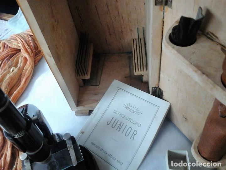 Antigüedades: MICROSCOPIO JUNIOR ANTIGUO AÑOS 70. CAJA ORIGINAL. OLD MICROSCOPE ORIGINAL BOX: - Foto 4 - 120876234
