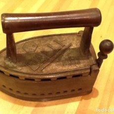 Antiquitäten - Antigua Plancha DALLI con protector . ( 22,5 X 10,5 X 20 ) y 3,350 Kgrs. - 68184633