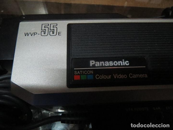 Antigüedades: FILMADORA O TOMAVISTAS PANASONIC COLOR WVP 55. - Foto 2 - 68248405