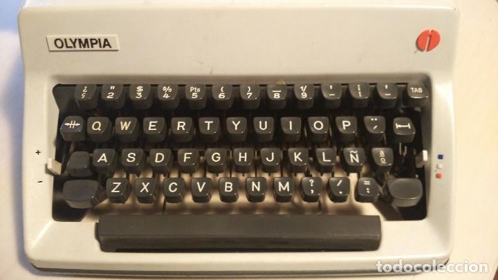 Antigüedades: Máquina de escribir Olympia - Foto 2 - 68311585