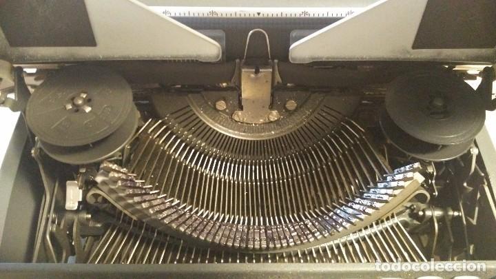 Antigüedades: Máquina de escribir Olympia - Foto 4 - 68311585
