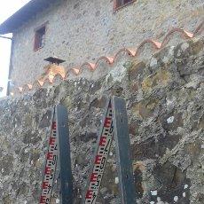 Antigüedades: GRAN REGLA DE TOPÓGRAFO O ARQUITECTO - METRO DE MADERA - AGRIMENSOR - 4 METROS - CIRCA 1900. Lote 68593598