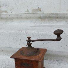 Antigüedades: MOLINILLO DE CAFE PEUGEOT MUY ANTIGUO CON PLACA ORIGINAL,AÑOS 20 APROX. Lote 68796117