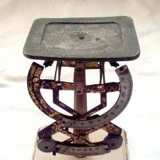 Antigüedades: ANTIGUA BALANZA - PESA CARTAS 2 ESCALAS . ALTURA 17 CTMS.. Lote 68992009