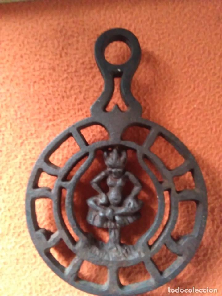 Antigüedades: Reposa planchas o salvamanteles de hierro - Foto 7 - 69065485