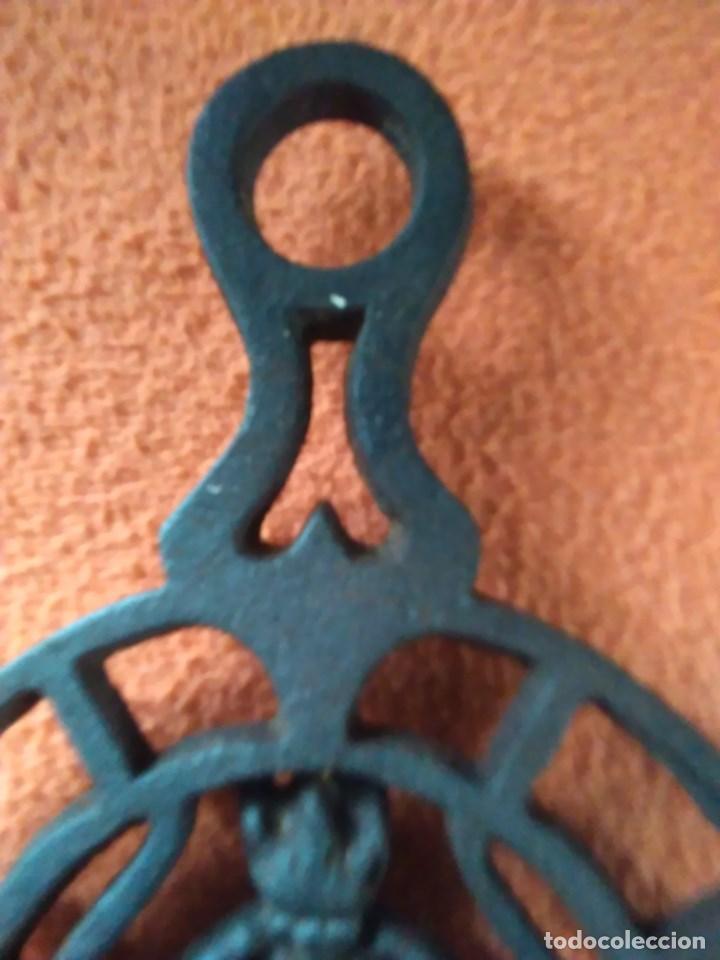 Antigüedades: Reposa planchas o salvamanteles de hierro - Foto 9 - 69065485