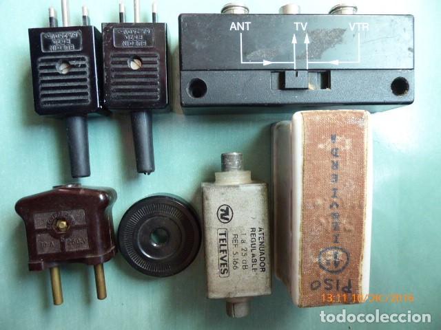 Antigüedades: conjunto de algunos accesorios de electricidad - Foto 2 - 69239961