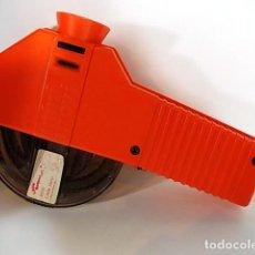 Antigüedades: CURIOSO VISOR DE PELICULAS MINI MOVI 1978. Lote 103369287