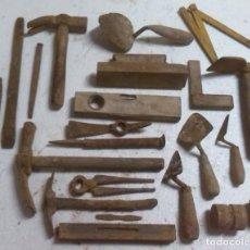Antigüedades: LOTE DE HERRAMIENTAS DE ALBAÑILERIA. Lote 69497025