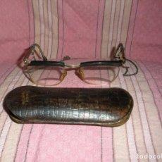 Antigüedades: ANTIGUAS GAFAS - OPTICA POSTAS, CALLE PEZ 16, MADRID. Lote 69568869